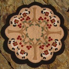 Mouton et cerise arbres penny rug bougie mat motif de papier envoyé par la poste
