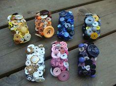40 DIY Ideas for Button Bracelets - Sortashion Crochet Buttons, Diy Buttons, Vintage Buttons, Button Art, Button Crafts, Jewelry Crafts, Jewelry Art, Button Necklace, Beanies