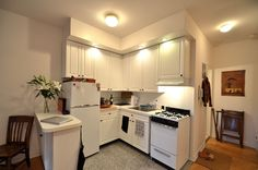 2013 Tiny Apartment Full Set Kitchen Appliance Perfect And Efficient Placement - OnArchitectureSite.Com