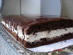 Ez a torta mindent felülmúl, annyira ízletes, hogy nem lehet betelni vele! No Cook Desserts, Sweet Desserts, Sweet Recipes, Delicious Desserts, Yummy Food, Food Cakes, Cupcake Cakes, Sweet Cookies, Cake Cookies