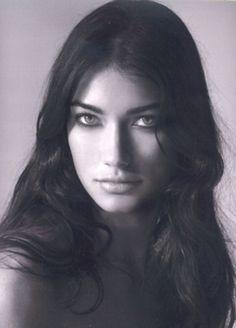 Gabriela - Dulcedo Model Management