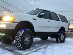 1997 Ford Expedition Center Line Hellcat Lincoln Aviator, Ford Excursion, Ford Expedition, Adventure, Adventure Movies, Adventure Books, Ford