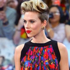 SCARLETT  #ScarlettJohansson wears #Balmain Fall/Winter 2015 Look 25 to the premiere #AvengersAgeOfUltron in London  #Balmainiac #BalmainArmy