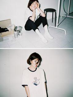 Film Aesthetic, Aesthetic Photo, Aesthetic Girl, Portrait Photography, Fashion Photography, Japanese Photography, Pose Reference Photo, Foto Pose, Grafik Design