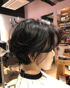 Short Wavey Hair, Short Hair Tomboy, Tomboy Haircut, Korean Short Hair, Tomboy Hairstyles, Girl Short Hair, Short Hair Cuts, Shot Hair Styles, Curly Hair Styles