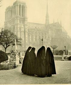 1950s Albert Monier postcard < Paris