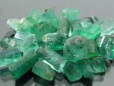 Emerald is the stone of inspiration and infinite patience!