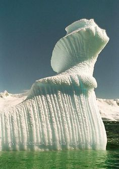 Spiral iceberg in Antarctica - Wow! So many amazing things to see that nature provides right here on earth. A work of art! Beautiful World, Beautiful Places, Wonderful Places, Amazing Things, Amazing Places, Crazy Things, Beautiful Scenery, Beautiful Landscapes, Beautiful People