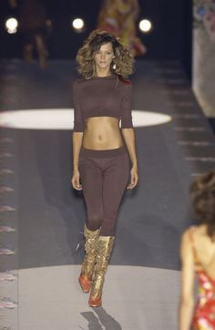 Roberto Cavalli Ready-to-Wear Spring / Summer 2002