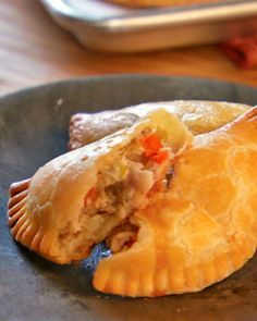 Savory Chicken Pocket Pies - Use Pampered Chef Cut & Seal Pie Recipes, Chicken Recipes, Cooking Recipes, Copycat Recipes, Recipies, Freezer Cooking, Freezer Meals, Freezer Chicken, Chicken Pockets