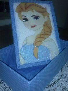 Frozen em Patchwork embutido em caixa de MDF