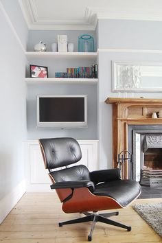 New Photographs Contemporary Fireplace christmas Ideas Modern fireplace designs can cover a broader category compared for their contemporary counterparts. Living Room Mirrors, My Living Room, Home And Living, Small Living, Alcove Storage, Alcove Shelving, Alcove Bookshelves, Bookcase, Alcove Cupboards