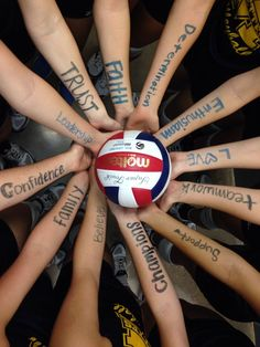 Super Sport Volleyball Pictures Girls Basketball Ideas – Sport is lifre Volleyball Training, Sport Volleyball, Volleyball Memes, Volleyball Gifts, Coaching Volleyball, Volleyball Players, Cheerleading, Volleyball Ideas, Volleyball Party