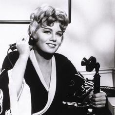 Un ritratto di Shelley Winters per il film Madame P... e le sue ragazze nel 1964