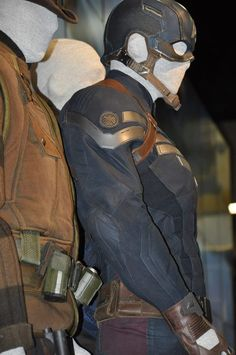 """From """"Captain America: The First Avenger"""" worn by Chris Evans as Captain America / Steve Rogers design by Anna B. Sheppard From Captain America: The First Avenger worn by Chris Evans as Captain America / Steve Rogers design by Anna B. Captain America Cosplay, Captain America Comic, Capt America, Marvel Now, Marvel Dc Comics, Comic Movies, Marvel Movies, Steve Rogers, Winter Soldier Cosplay"""
