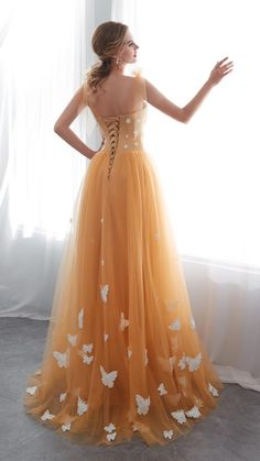 Stunning Prom Dresses, Cute Prom Dresses, Prom Outfits, Ball Dresses, Beautiful Gowns, Elegant Dresses, Homecoming Dresses, Pretty Dresses, Ball Gowns