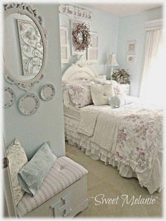 Shabby Chic Blue And Creamy White Bedroom. #shabbyvintagehome Shabby Chic  Bleu, Shabby Chic
