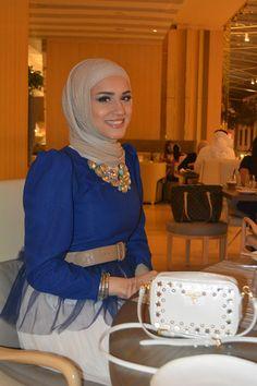 Summer Hijab Style Tips-Muslim Tour Travel Hijab Chic, Hijab Style, Casual Hijab Outfit, Islamic Fashion, Muslim Fashion, Modest Fashion, Fashion Outfits, Beautiful Muslim Women, Beautiful Hijab