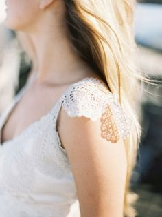 lovely lace details.