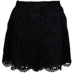 VALENTINO lace shorts ($1,173) ❤ liked on Polyvore featuring shorts, skirts, bottoms, saias, scalloped shorts, scalloped lace shorts, loose fit shorts, scallop hem shorts and lacy shorts