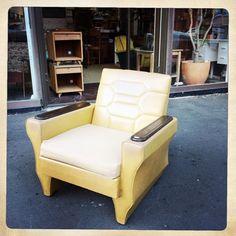 Vintage retro armchair. in City Centre image 1