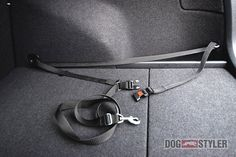 DOGSTYLER dog save and clean in a car - 92