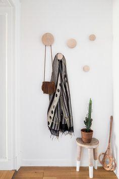 Boho Chic Bedroom, Boho Room, Hallway Inspiration, Interior Design Inspiration, Foyer Decorating, Decorating Bathrooms, Decorating Kitchen, Decorating Ideas, Decoration Entree