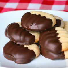 Melting Moments - the utimate melt in your mouth shortbread cookie