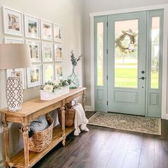 Farmhouse Homes, Farmhouse Style, Farmhouse Interior, Farmhouse Furniture, Home Decor Inspiration, Decor Ideas, My Dream Home, Home Projects, Home Improvement Projects