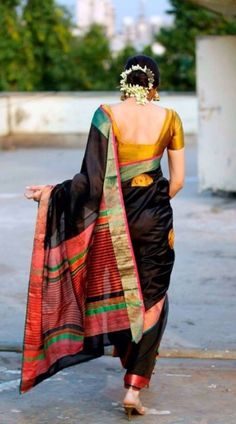Do you need quality Elegant Designer Indian Sari and items like Elegant Design Sari and Bollywood then Click visit link for India Fashion, Ethnic Fashion, Asian Fashion, Indian Attire, Indian Ethnic Wear, Beauty And Fashion, Look Fashion, Indian Dresses, Indian Outfits
