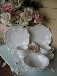 White Baroque Italian Dinnerware, White Scalloped Plates, Italian Pottery Dinnerware, French Farmhouse Decor, Shabby chic white dishes, SCT