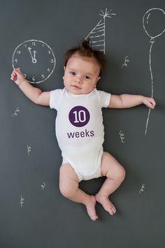 weekly baby photos....cute idea!