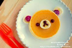 bear pancake w/ banana nose