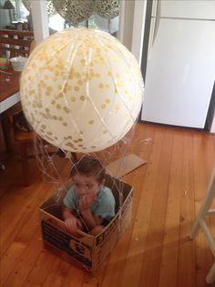 Cute hot air helium confetti balloon.