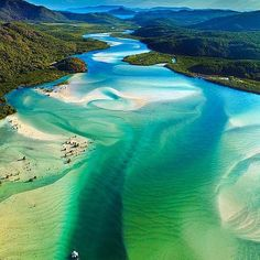 Whitsundays, Queensland, Australia | Photography by @paulmp