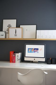 mmm clean white desk and picture ledges White Desk Office, Ikea Office, White Desks, Office Decor, Home Office, Office Ideas, Hanging Racks, Interior Design Inspiration, Design Ideas