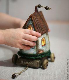 Кукольный дом ручной работы. Ярмарка Мастеров - ручная работа Домик на колесах. Handmade.