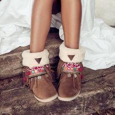 ✶BOHO CHIC BARCELONA✶ Bohemian Sandals >Originals<, Boots, Sneakers, Uggs & Heels --◈-- Store in Barcelona & Shop Online ••>>WORLDWIDE SHIPPING<<••