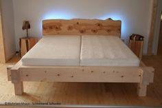 Zirbenbett Garmisch, hergestellt von der Schreinerei Schuster in Sulzemoos - ein Bett zum Träumen