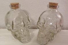 2 SKULL HEAD SHAPED CLEAR GLASS BOTTLES w/ CORKS Home Decor Display Crafts NEW #Unbranded
