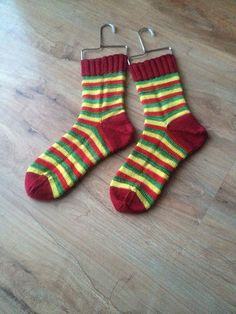 Ravelry: KnitPurlandRepeat's Relish Ketchup Moutarde Socks