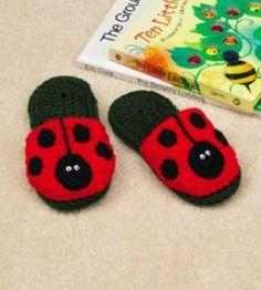 Ladybugs to Crochet – free patterns – Grandmother& Pattern Book Crochet Fall, Crochet For Kids, Free Crochet, Knit Crochet, Crochet Stitches, Crochet Patterns, Crochet Ladybug, Crochet Slippers, Lady Bug