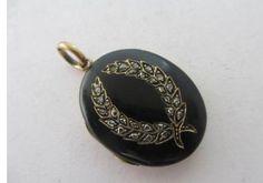 Antique Victorian 15ct Yellow Gold Enamel Rose Cut Diamond Double Locket