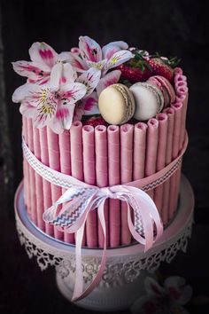 Layered Strawberry Cake - Sugar et al