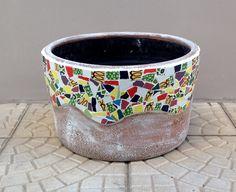 Como decorar vasos com mosaico – Aula gratuita online – Vídeo – Além da Rua Atelier
