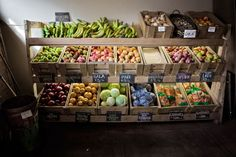 Organic-fruit-store-display.jpg 1,024×682 pixels