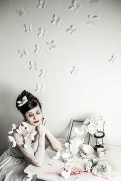 Producer: Fernando Brito Photographer: Isabella Mariana Photography Model: Giovanna Martucci