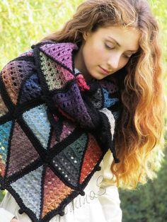 Knitted Shawls, Crochet Shawl, Knit Crochet, Crochet Pattern, Lace Knitting, Knitting Patterns, Poncho Outfit, Hand Knit Scarf, Triangle Scarf