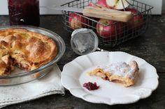 Apple yoghurt pie with cranberry jam www.lapetitecasserole.com