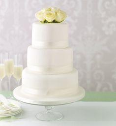marks and spencer wedding cakes to decorate yourself wedding cakes on wedding cakes 17179